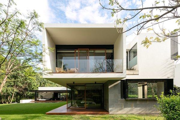 Photo 2 of Casa GP modern home