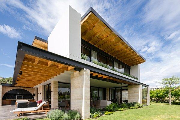 Photo 6 of Casa Chaza modern home