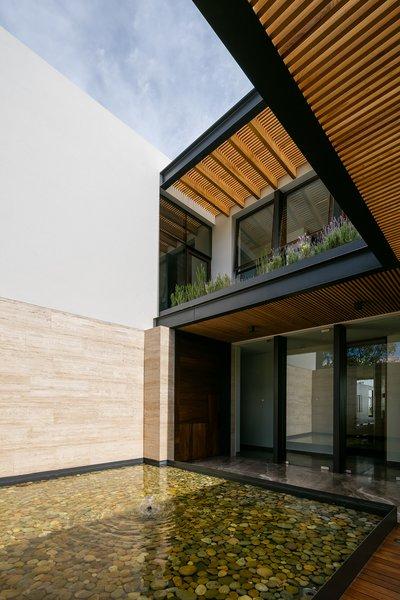Photo 9 of Casa Chaza modern home