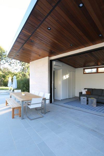Cantilevered Roof Dining Photo  of Los Altos Hills Landscape modern home