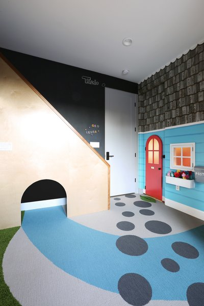 Playroom - Stairs/Tunnel/Chalk/Magnet Wall  Photo 3 of The Fun House modern home