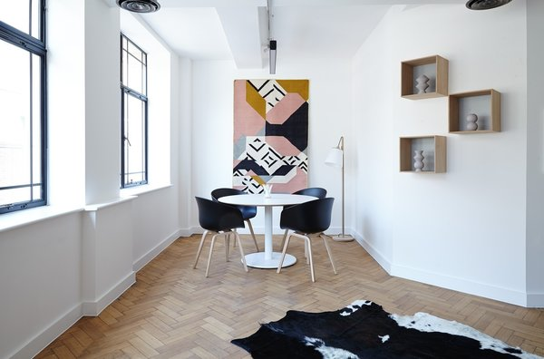 Creative touch and colours here and there are always welcome. Photo 3 of Project Office modern home