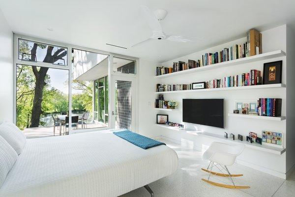 Master bedroom Photo 5 of Boetger Residence modern home