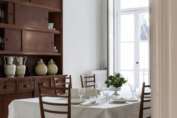 The dining room Photo 16 of myhomeinporto modern home