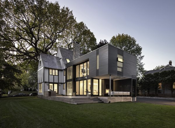 Photo 3 of 35HP modern home