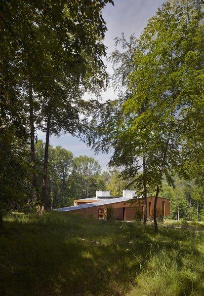 Photo  of Bridge House modern home