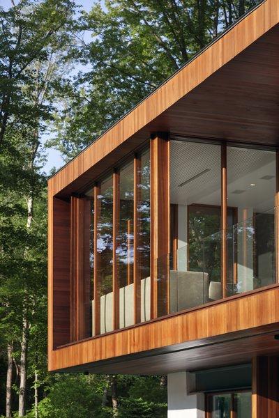 Photo 9 of Bridge House modern home