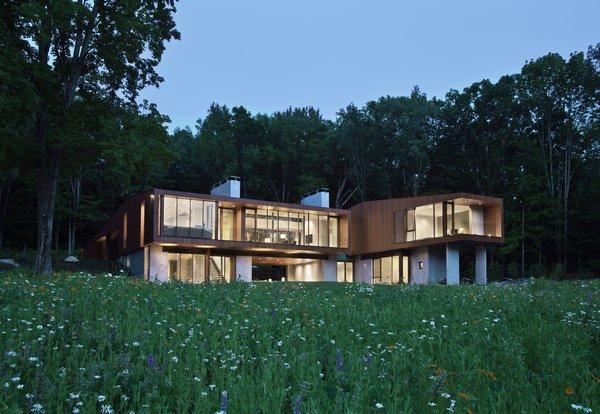 Photo 10 of Bridge House modern home