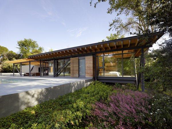 Photo 13 of Sacramento House modern home
