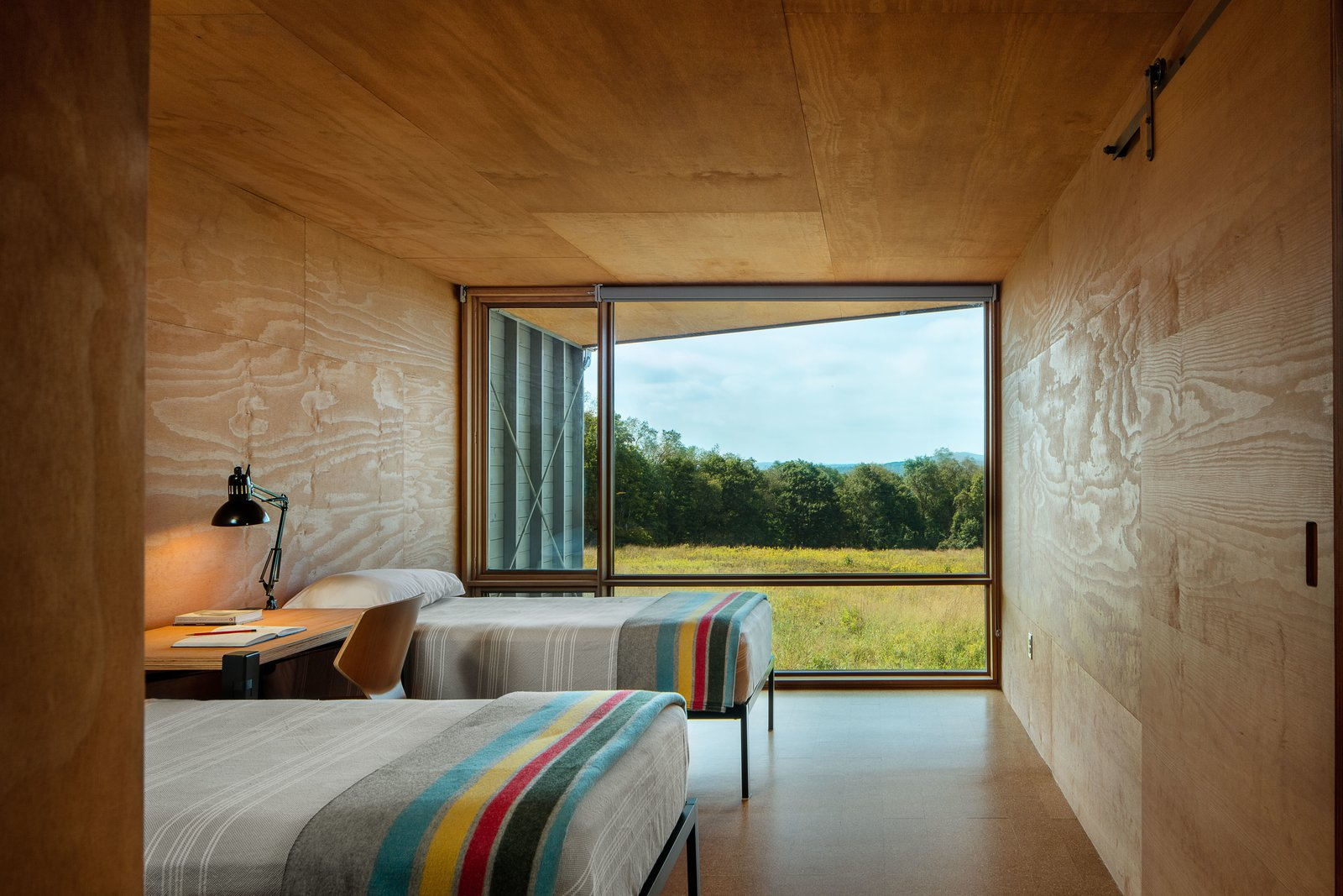 Tagged: Bedroom, Bed, Lamps, and Chair.  High Meadow at Fallingwater by Bohlin Cywinski Jackson