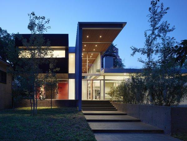 Photo  of Roxboro Residence modern home