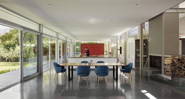 Photo 7 of Roxboro Residence modern home