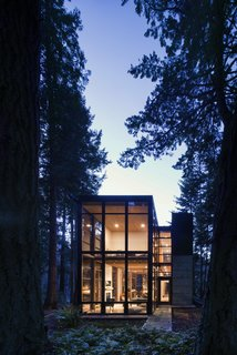 Top 5 Homes of the Week That Connect With Mother Nature - Photo 2 of 5 -