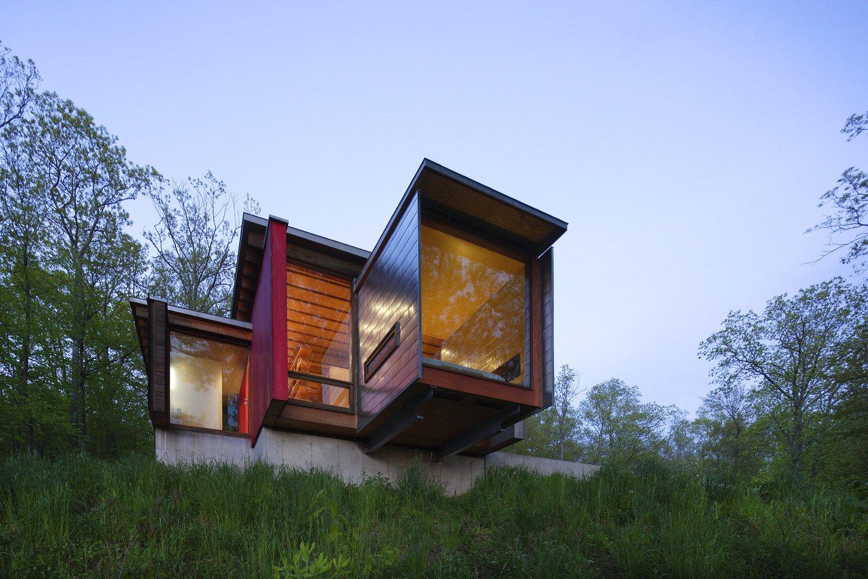 Tagged: Outdoor, Back Yard, and Slope. Edge House by Bohlin Cywinski Jackson
