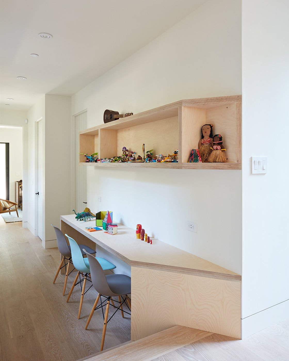 Homeworks Interior Design: Photo 6 Of 9 In Thoughtful Design Details Warm Up A Modern