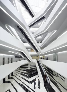 Celebrate the Late Zaha Hadid With a New Book That Highlights Her Unforgettable Work - Photo 4 of 8 - Dominion Office Building Interior
