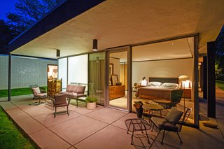 A Renovated, Midcentury Glass-and-Steel House in New York Asks $2.45M - Photo 7 of 9 -