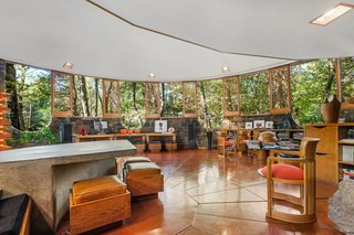 A Usonian Masterpiece by Frank Lloyd Wright Is on the Market For $1.5M - Photo 4 of 9 -