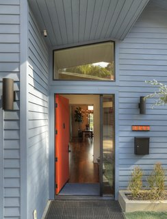 A Silver Lake Home Built in 1939 Is Renovated From Top to Bottom - Photo 2 of 22 -
