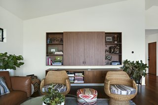 A Silver Lake Home Built in 1939 Is Renovated From Top to Bottom - Photo 4 of 22 -