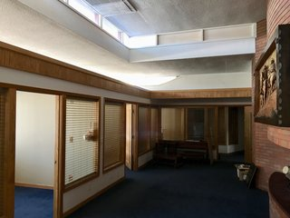 Without a Buyer, This Frank Lloyd Wright Building Will Be Destroyed in 3 Days - Photo 2 of 6 -