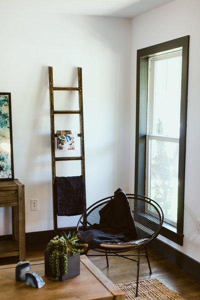 Photo 5 of Gullett House modern home