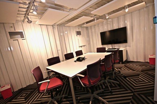 Creative Office Space - Workbox Photo 6 of Creative Workbox modern home