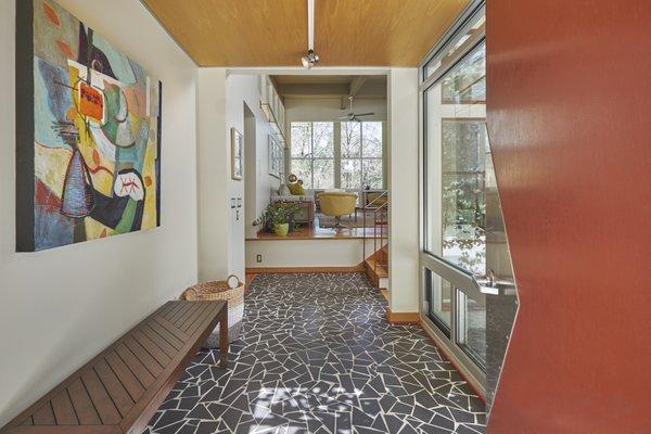 1020 Highland Woods Photo 4 of MODERNIST HIDEAWAY modern home