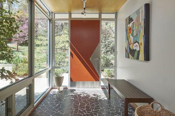 1020 Highland Woods Photo 5 of MODERNIST HIDEAWAY modern home