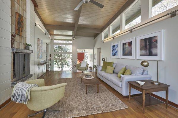 1020 Highland Woods Photo 8 of MODERNIST HIDEAWAY modern home