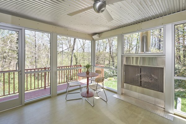 1020 Highland Woods Photo 15 of MODERNIST HIDEAWAY modern home