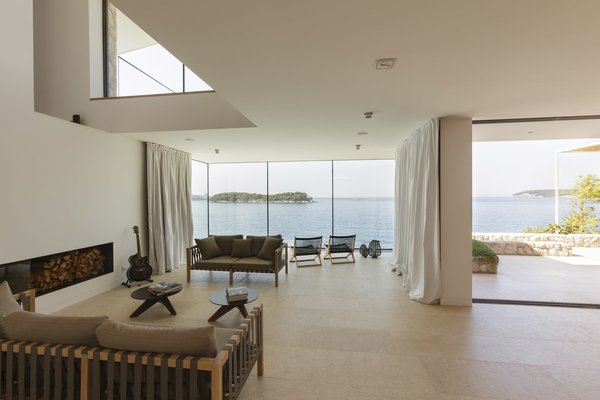 Living room and the view of the sea Photo 4 of House V2 modern home