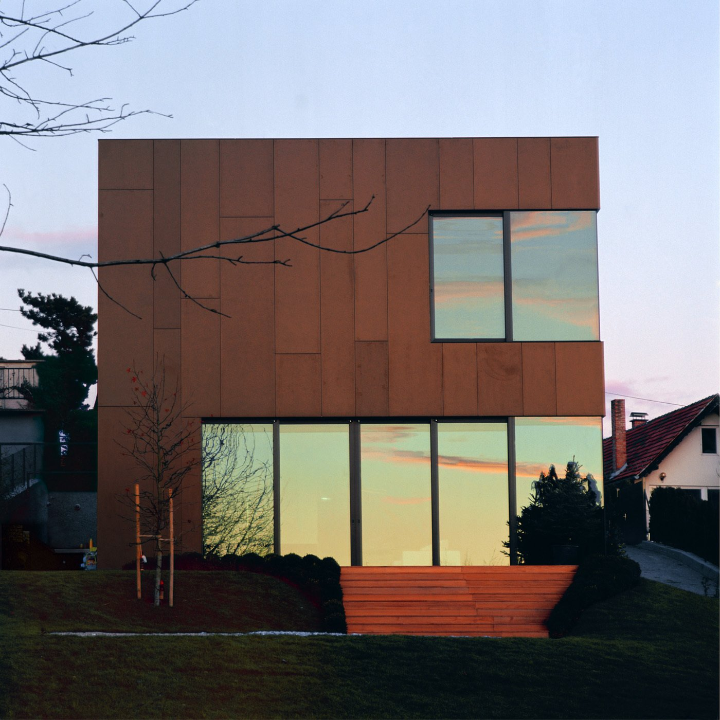 House N by 3LHD