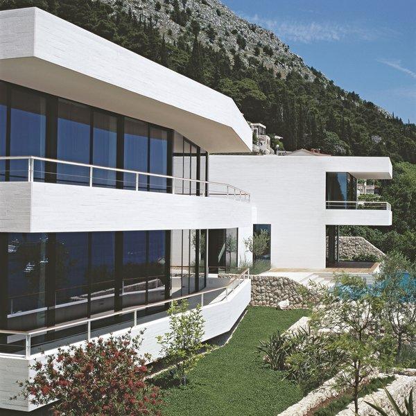 Photo 3 of House U modern home