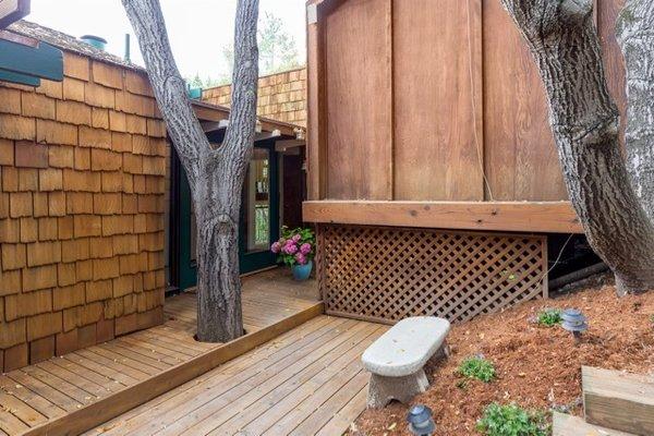 Modern home with outdoor. Photo 3 of Nuovo Mondo - Los Gatos Treehouse