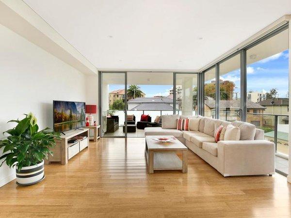 Photo  of Sergio Palace modern home
