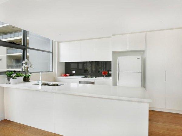 Photo 2 of Sergio Palace modern home
