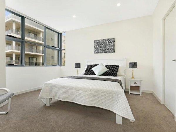 Photo 4 of Sergio Palace modern home