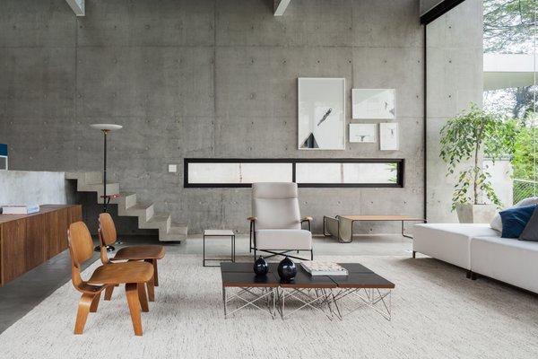 Photo 7 of Mattos House modern home