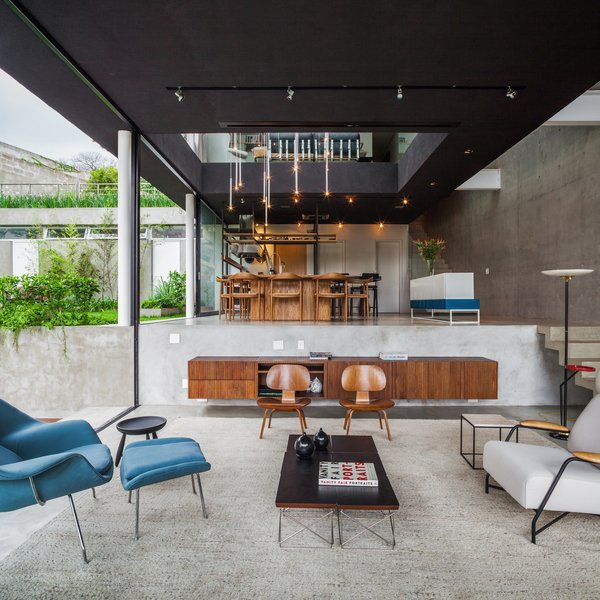 Photo 5 of Mattos House modern home