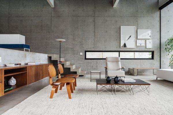 Photo 8 of Mattos House modern home
