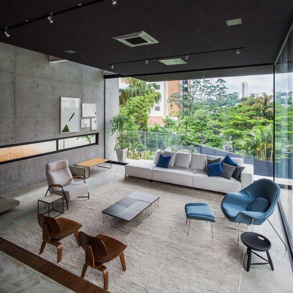 Photo 3 of Mattos House modern home