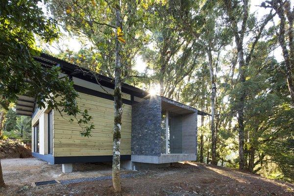 EFC Cabin | VOID Cr Photo 6 of EFC Cabin modern home