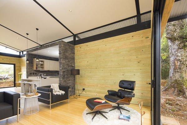 EFC Cabin | VOID Cr Photo 12 of EFC Cabin modern home