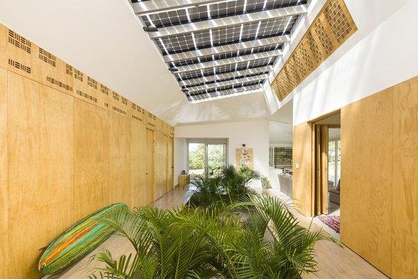 Tropik Works | VOID Cr Photo 6 of Tropik Works modern home
