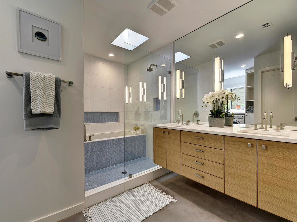Master Bathroom  Langston Remodel by Davey McEathron Architecture