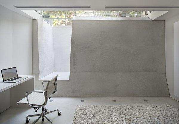 Photo  of Concrete Brooklyn Apartment modern home