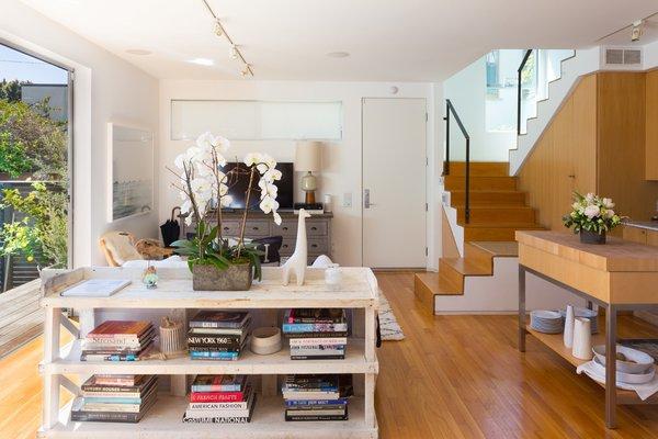Photo 11 of Venice Beach Compound modern home