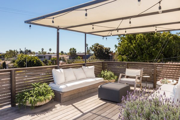 Roof Deck Photo 16 of Venice Beach Compound modern home