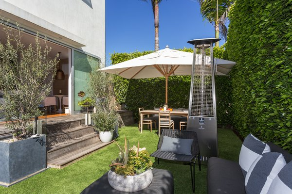 Photo 19 of Venice Beach Compound modern home